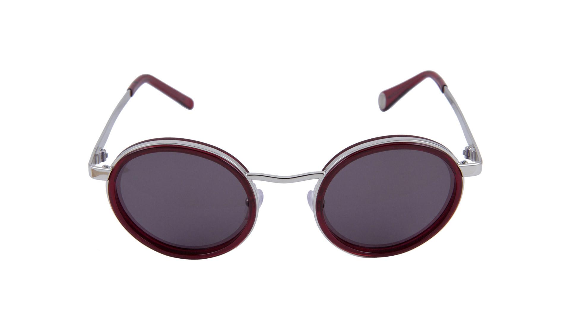 servizio fotografico fondo bianco occhiali da sole